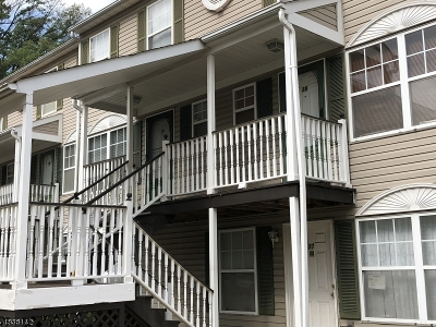 Maplewood Twp. Condo/Townhouse Active Under Contract: 26 Hausmann Ct C0038 #38