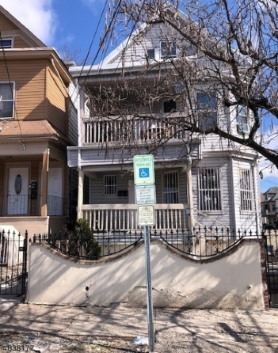 Paterson City Multi Family Home For Sale: 17 18th Ave