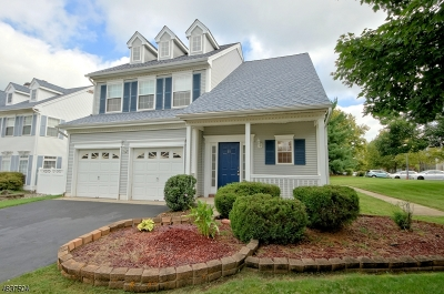Franklin Twp. Single Family Home For Sale: 16 Magellan Way