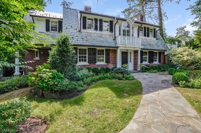 Millburn Twp. Single Family Home For Sale: 11 West Road