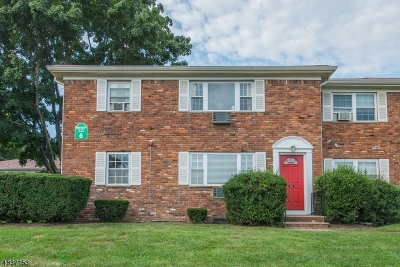 Wayne Twp. Condo/Townhouse For Sale: 32a Atherton Ct #32A