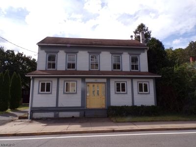 Holland Twp., Milford Boro Single Family Home For Sale: 31 Water Street