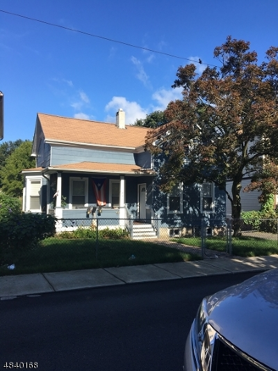 Haledon Boro Single Family Home For Sale: 231 Burhans Ave