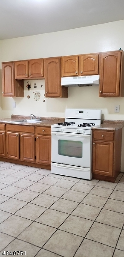 Newark City NJ Rental For Rent: $1,500