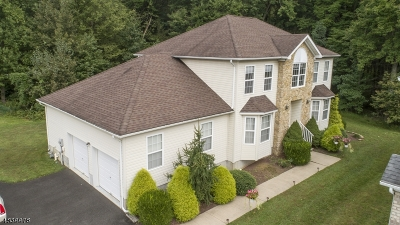 Old Bridge Twp. Single Family Home For Sale: 3 Parker Way