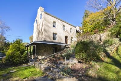 Glen Gardner Boro, Hampton Boro, Lebanon Twp. Single Family Home For Sale: 4 Church St
