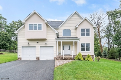 Warren Twp. Single Family Home For Sale: 2 Normandy Court
