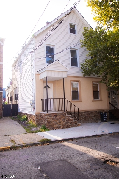 Ironbound Multi Family Home For Sale: 63 Brill St