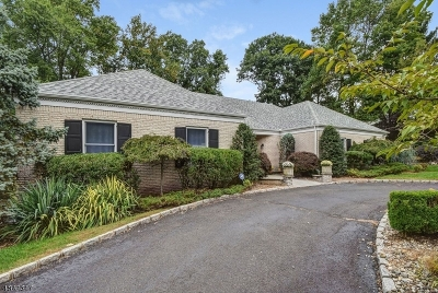 Livingston Twp. Single Family Home For Sale: 22 Fordham Rd