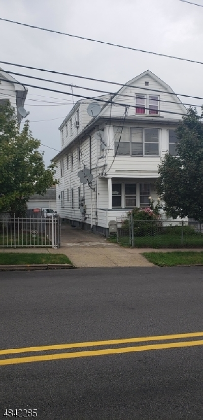 Paterson City Multi Family Home For Sale: 147-149 23rd Ave