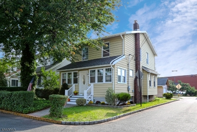 Bloomfield Twp. Single Family Home For Sale: 107 Lexington Ave
