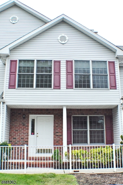 Wyckoff Twp. Condo/Townhouse For Sale: 84 Heather Ln