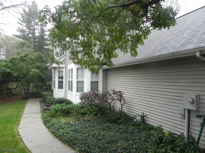 Randolph Twp. Rental For Rent: 130 Woodmont Dr #130