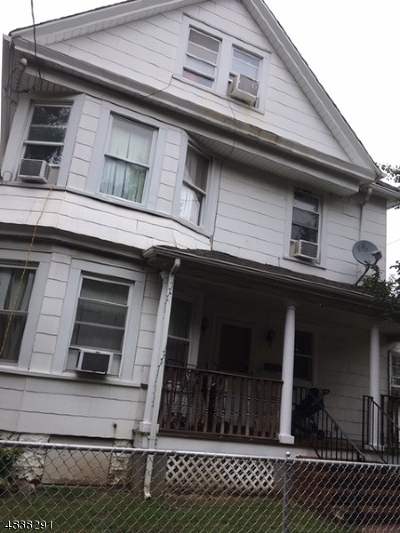 Belleville Twp. Multi Family Home For Sale: 32 Overlook Ave