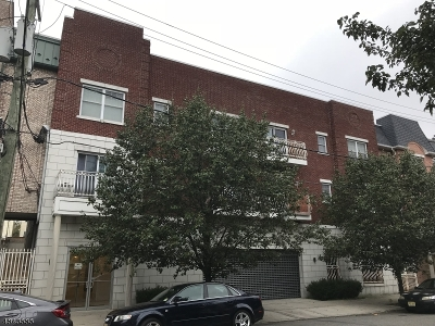 Ironbound Condo/Townhouse For Sale: 29-31 Freeman St 1a