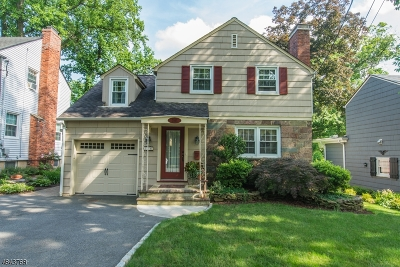 West Caldwell Twp. Single Family Home For Sale: 156 Forest Ave
