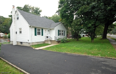 Bloomfield Twp. Single Family Home For Sale: 561 Broughton Ave