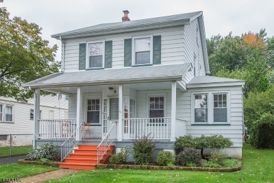 Bloomfield Twp. Single Family Home For Sale: 121 Birch St