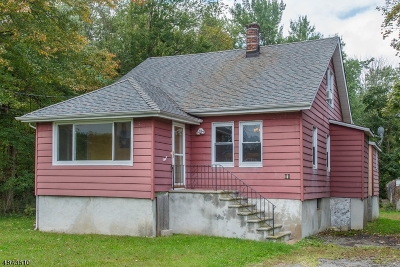 West Caldwell Twp. Single Family Home For Sale: 11 Kirkpatrick Ln