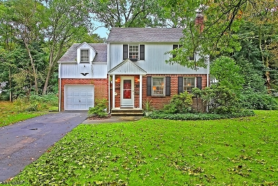 Scotch Plains Twp. Single Family Home For Sale: 351 Rolling Knolls Rd