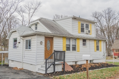 Denville Twp. Single Family Home For Sale: 36 Richwood Pl