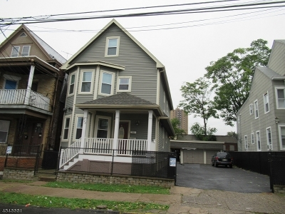 Paterson City Multi Family Home For Sale: 926-928 E 19th St