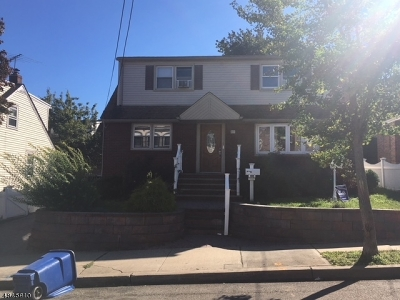 Passaic City Multi Family Home For Sale: 563 McKinley St