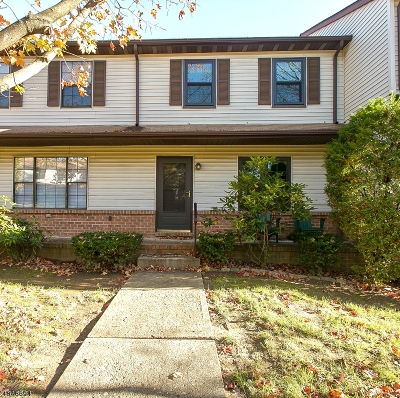 Warren County Condo/Townhouse For Sale: 234 Riva Dr