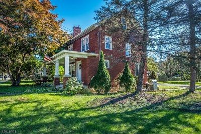 Warren County Single Family Home For Sale: 243 W Washington Ave
