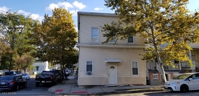 Passaic City Multi Family Home For Sale: 385 Highland Ave
