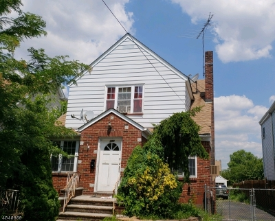 Passaic County Multi Family Home For Sale: 269-271 Illinois Ave