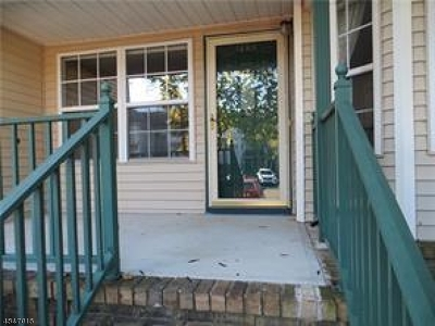 Montgomery Twp. Condo/Townhouse For Sale: 1204 Rhoads Dr