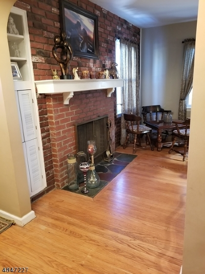 Linden City Single Family Home For Sale: 2617 Orchard Ter