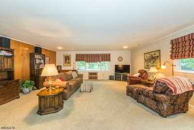 Denville Twp. Single Family Home For Sale: 5 Walden Ln