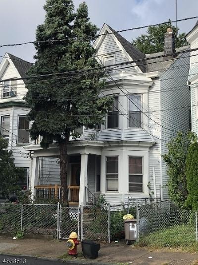 Paterson City Single Family Home For Sale: 546 E 27th St