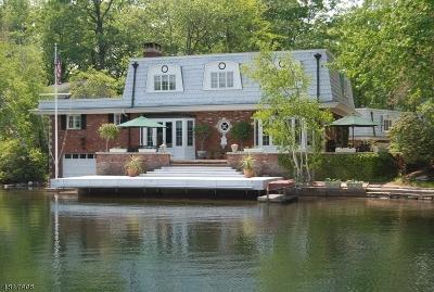 Rockaway Twp. Single Family Home For Sale: 158 Lake End Rd