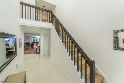 Parsippany-Troy Hills Twp. Condo/Townhouse For Sale: 20 Monett Ct