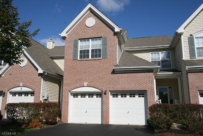 Raritan Twp. Condo/Townhouse For Sale: 7 Surrey Ln