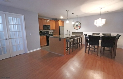 Montville Twp. Condo/Townhouse For Sale: 23 E Springbrook Rd