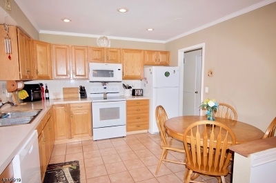 Warren Twp. Single Family Home For Sale: 90 Liberty Corner Rd