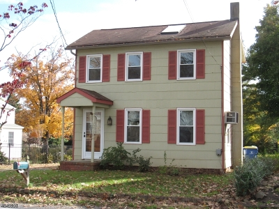 East Amwell Twp. Single Family Home For Sale: 8 Amwell Rd