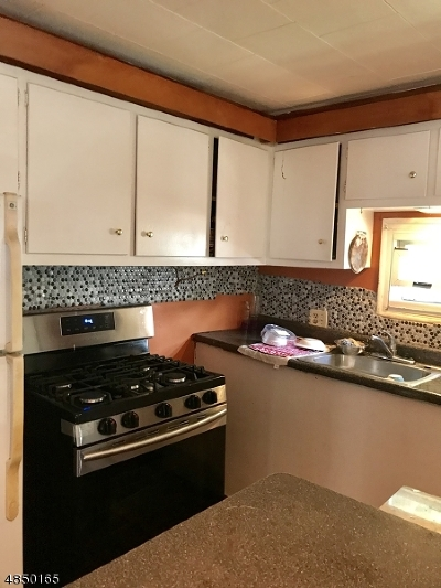 Wayne Twp. Single Family Home For Sale: 27 Travelo Rd