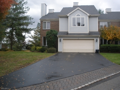 Montville Twp. Condo/Townhouse For Sale: 23 Aynsley Ct