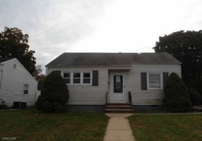 South Bound Brook Boro NJ Single Family Home For Sale: $166,600