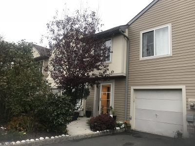 Springfield Condo/Townhouse For Sale