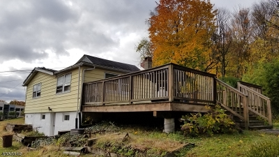 Parsippany-Troy Hills Twp. Single Family Home For Sale: 3683a Hill Rd.