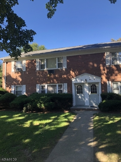 Wayne Twp. Condo/Townhouse For Sale: 81 Manchester Ct #81
