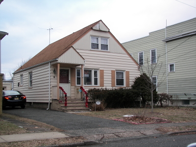 Hawthorne Boro NJ Single Family Home For Sale: $281,500
