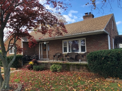 Manville Boro Single Family Home For Sale: 1301 Knopf St
