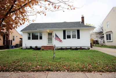 Bound Brook Boro Single Family Home Active Under Contract: 513 Verona Pl